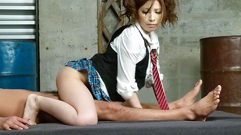Teen Tsubasa Aihara wants sex after a japanese blow job