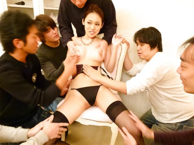 Ann Yabuki - Ann Yabuki gets cumshots after japanese vibrator sex - Picture 1