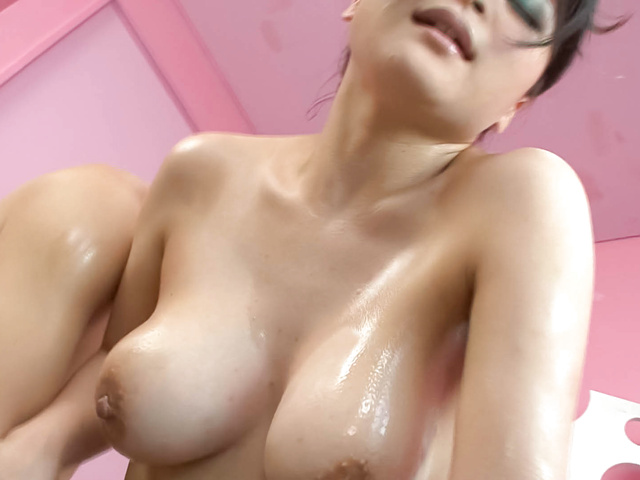 Yuu Haruka - Oiled up busty babe cock sucking and hardcore fucked - Picture 11