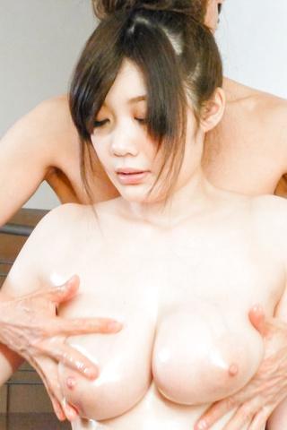 立川理恵 - 国宝級おっぱいで連続口内発射!立川理恵 - Picture 5