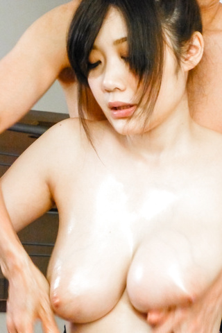Rie Tachikawa - Curvy Rie Tachikawa amazes with Asian blowjob  - Picture 6