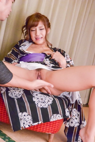 Anna Anjo - Hot Anna Anjoprovides Asian blowjob on cam - Picture 7