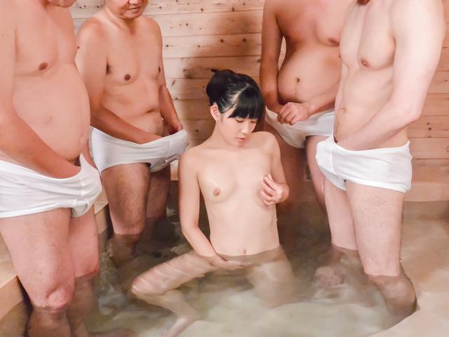 Yui Kasugano - 亚洲口交沿瘦宝贝 Yui Kasugano - 图片 9