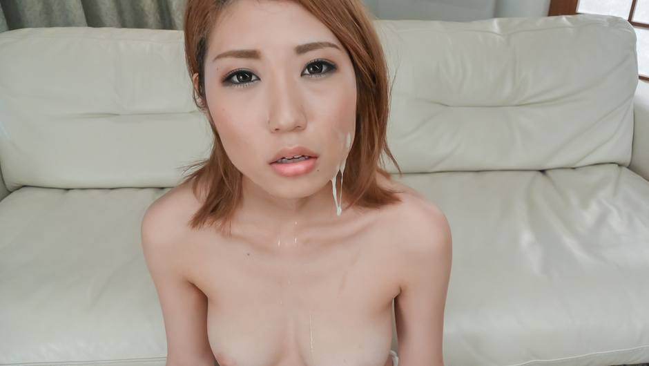 Phim Sex Kanako Kimura opens up her mouth for an asian blowjob threesome