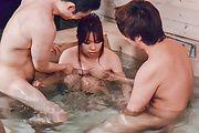 Iroha Suzumura - 野外露天風呂でムラムラ 鈴村いろは - Picture 8