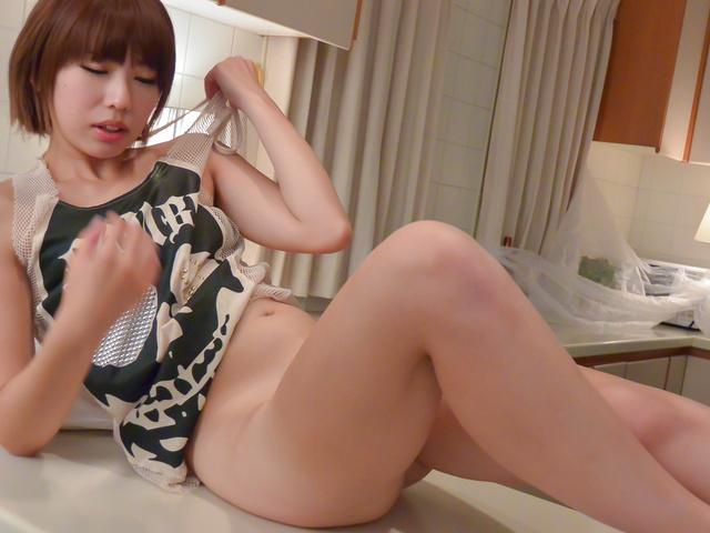 Seira Matsuoka - 日本南兴松冈在亚洲暨嘴里玩 - 图片 4