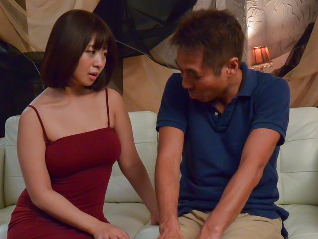 Wakaba Onoue - 精湛的若叶 Onoue 给出了最高的亚洲口交 - 图片 11