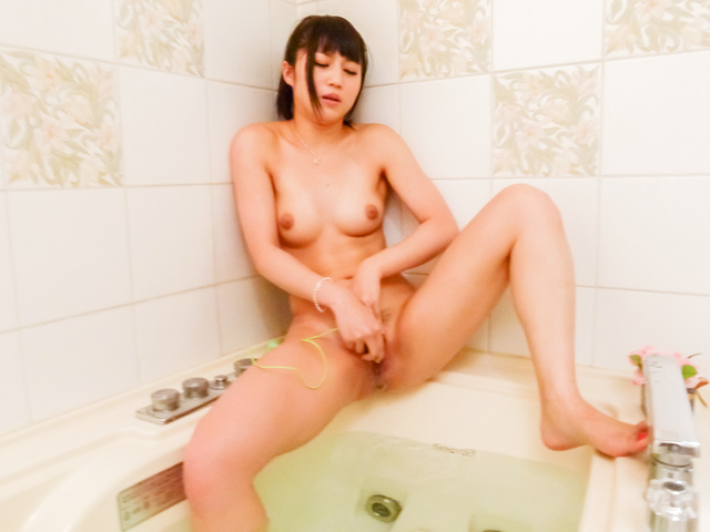 Reo Saionji - Nasty Asian hotties deals cocks in the warm tub  - Picture 3