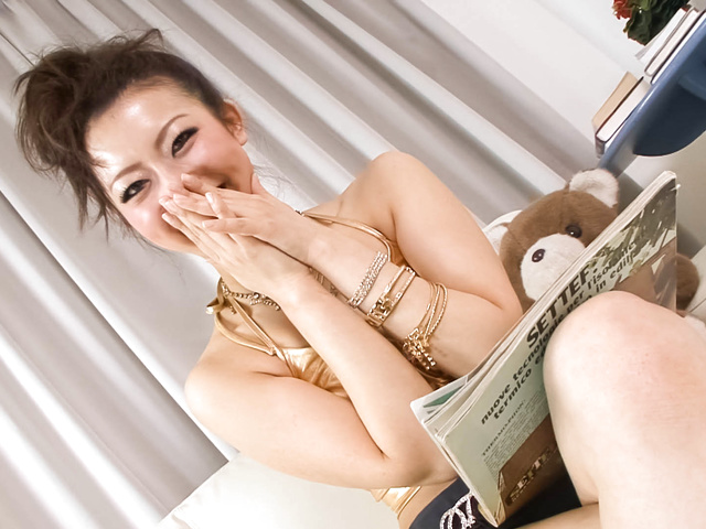 Yuki Asami − Yuki Asami with hot ass up licks dildo − Picture 9