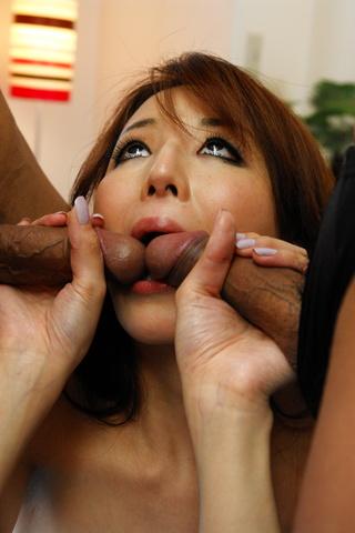 Rika Tamura - Double pleasure for Rika Tamurain this hot session - Picture 12