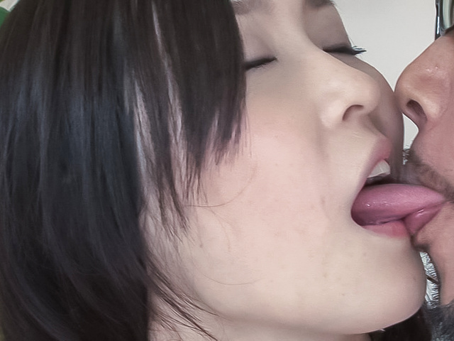 Kotone Amamiya - Asian creampie ends babe's filthy threesome - Picture 12