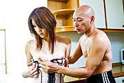Nana Kinoshita - 娜娜 Kinoshita 猫锻炼︰ 玩具他妈的和指法那个女人 - 图片 4
