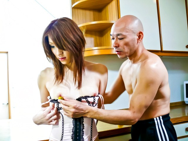Nana Kinoshita - Pussy workout for Nana Kinoshita: toy fucking and fingering that cunt - Picture 4