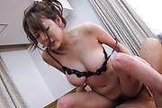 Akari Asagiri - 为 Akari 朝雾的双重渗透 ' s 孔 - 图片 1