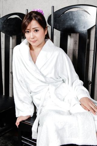 緒川みずき - ビンタ&フェラ セクシー奥様小川瑞希 - Picture 4