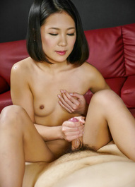 Kyoka Sono Asian puts saliva on dong while rubbing it with labia