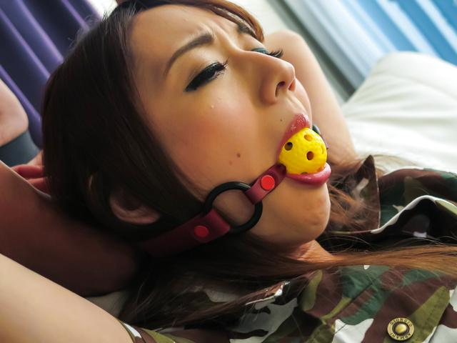 Reon Otowa - 日本奴役色情场面与 Reon 音羽 - 图片 4