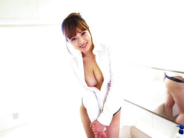 Ai Suzuki - Flaming solo adventure along hot Asian amateur babe - Picture 2