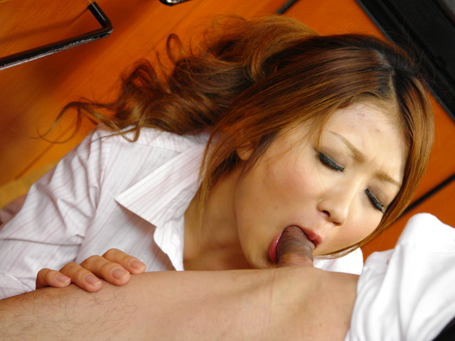 Hibiki Ohtsuki - Hibik Ohtsuki in a hot threesome with double penetration - Picture 6