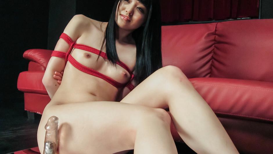 Phim Sex Nozomi Aiuchi rides a dildo in japanese bondage rope