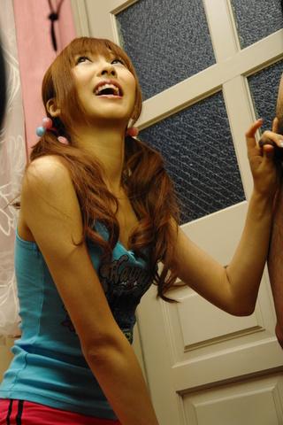 Kotone Aisaki - Aisaki 宫琴音去吸吮公鸡中的时间记录 - 图片 3