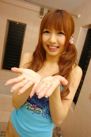 Kotone Aisaki - Aisaki 宫琴音去吸吮公鸡中的时间记录 - 图片 8