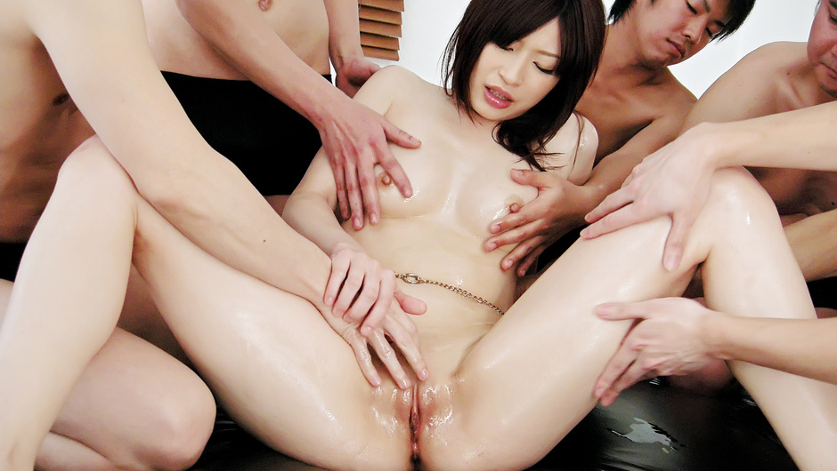 Hot Riko is Oiled, Fucked and Jizzed on by five Guys