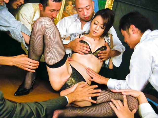 Maki Hojo - 日本辣妹北条 Maki 人处理 - 图片 2