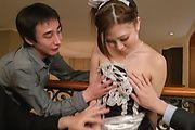 Maki Horiguchi - 由苗条 Maki Horiguchi 双亚洲口交 - 图片 9