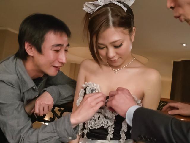 Maki Horiguchi - Double Asian blowjob by slimMaki Horiguchi - Picture 10