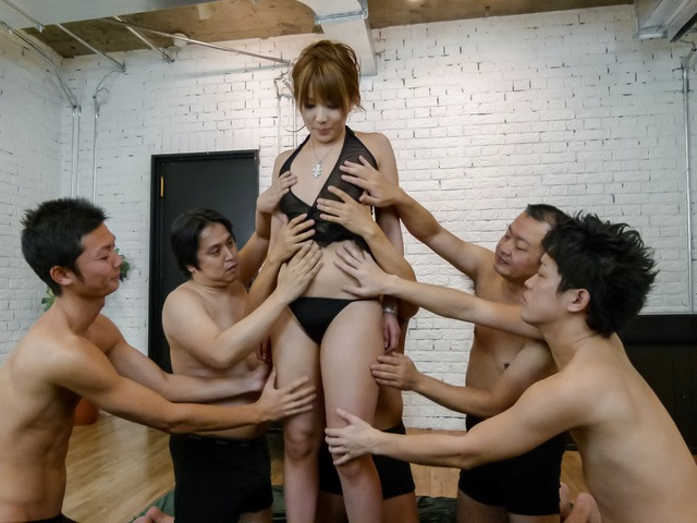 Rinka Aiuchi - Gang bang with a japanese dildo and Rinka Aiuchi - Picture 2