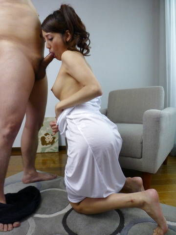 Rei Mizuna - Hot Japanese blowjob with sexyRei Mizuna - Picture 8