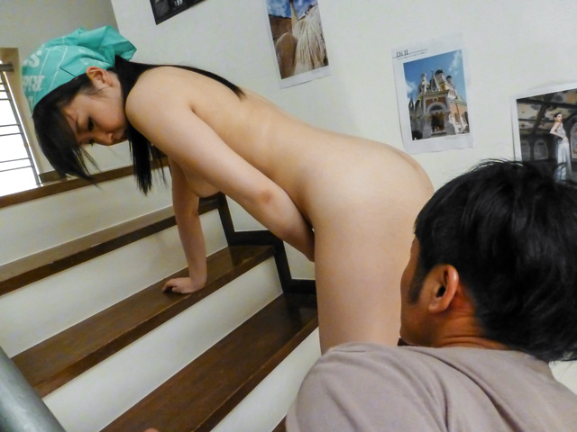 Yuka Wakatsuki - Teen cutie Yuka Wakatsuki gives an asian blowjob to two guys - Picture 10