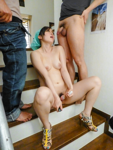 Yuka Wakatsuki - Teen cutie Yuka Wakatsuki gives an asian blowjob to two guys - Picture 12