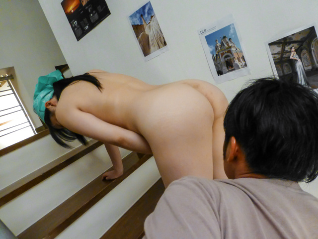 Yuka Wakatsuki - Teen cutie Yuka Wakatsuki gives an asian blowjob to two guys - Picture 8