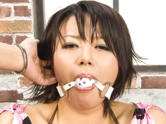 Haruka Uchiyama - Haruka Uchiyama tied has vibrator on cunt - Picture 10