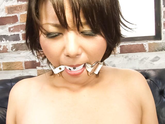 Haruka Uchiyama - Haruka Uchiyama tied has vibrator on cunt - Picture 12