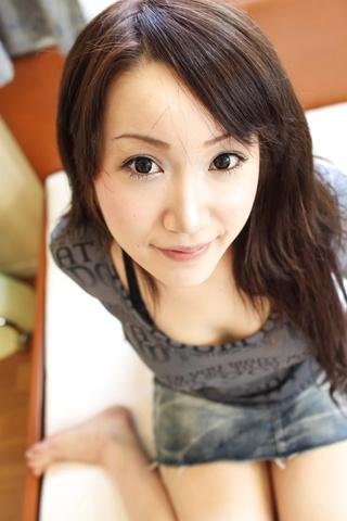 Shizuku Morino - 博美喂狗的风格和奶油的猫 - 图片 4