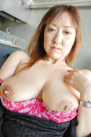 Mayumi - Big MILF naturals on Mayumi bounce during sex after giving an asian blow job - Picture 10