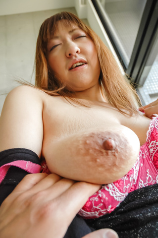 Mayumi - Big MILF naturals on Mayumi bounce during sex after giving an asian blow job - Picture 6