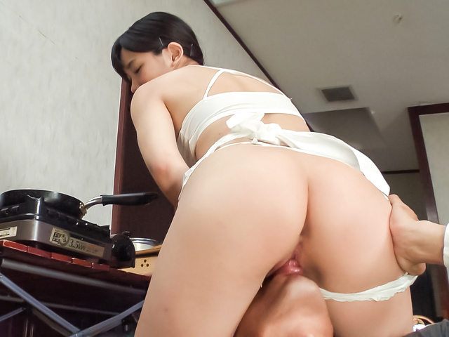 春日野結衣 - 生ハメ女優に大変身! 春日野結衣 - Picture 2