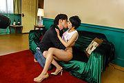 Sakura Aida - 若妻フェラ&生ファック!あいださくら - Picture 5