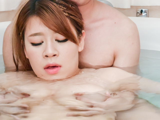 Suzuna Komiya - Hottie pleases with ASian blow job in the tub  - Picture 2