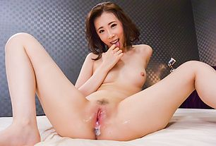 Asian blowjobs by naughty Japanese doll Aya Kisaki