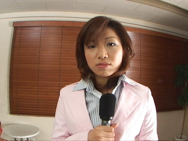 Mitsu Anno - 美津 Anno 操了两个和接收多个面部射精 - 图片 1