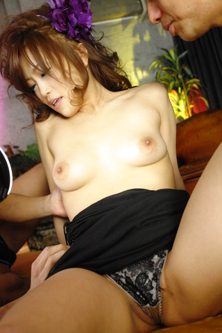 Ami Nagasaku - 野生的Ami Nagasaku 获取双渗透在组操作 - 图片 6