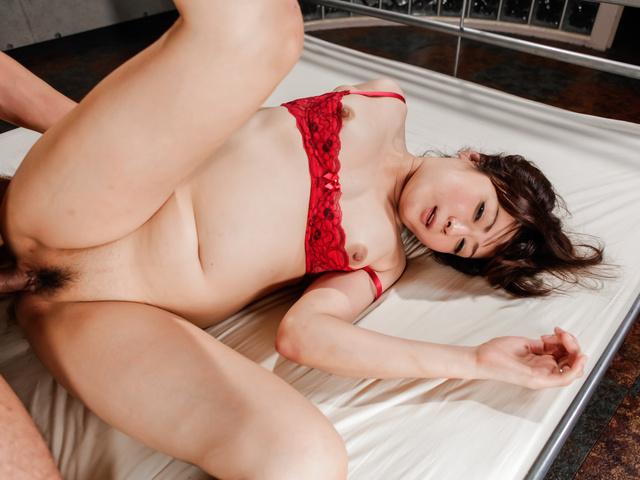 Mizuki Ogawa - Mizuki Ogawa's scorching hot threesome ends in an asian creampie - Picture 12