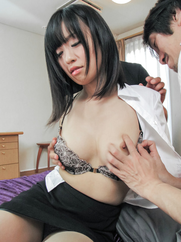 京野結衣 - 営業ウーマン京野結衣~フェラ&中出し - Picture 3