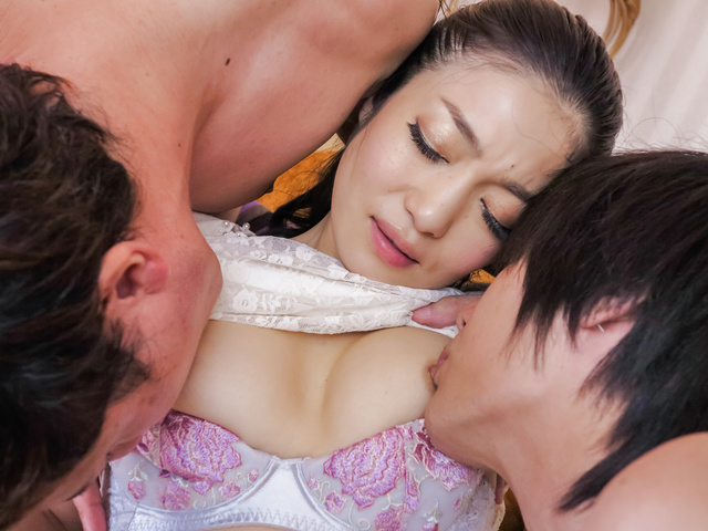 Ryu Enami - Japanese masturbation along appealing Ryu Enami  - Picture 1