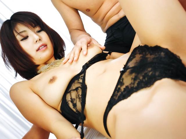 Azumi Harusaki - Double load in mouth for Azumi Harusaki after hard sex - Picture 3